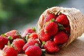 Сезон полуниці: 11 небанальних  рецептів