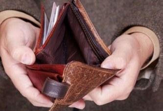 Зарплати малі – хабарі великі. Якось так склалося в Україні