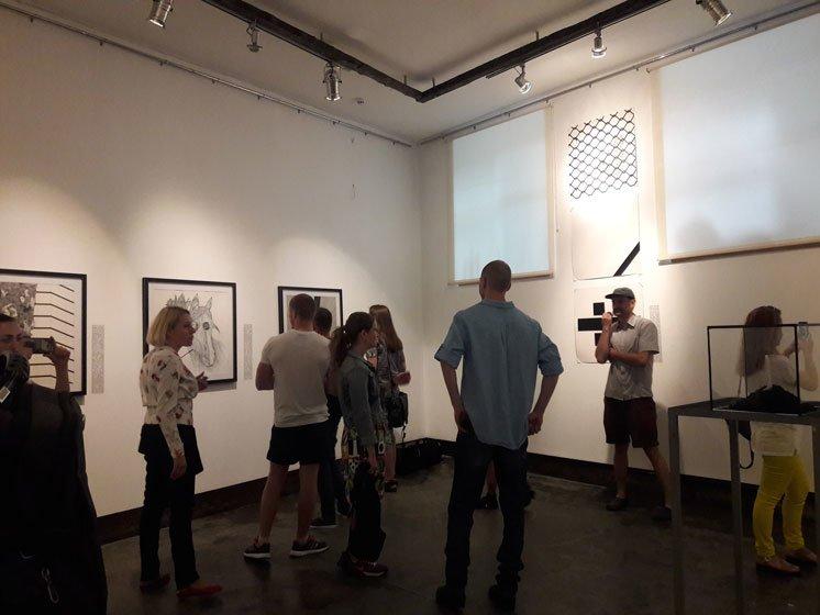 Перейти кордон між реальним і неможливим: у «Бункермузі» – нова концептуальна виставка (ФОТО)
