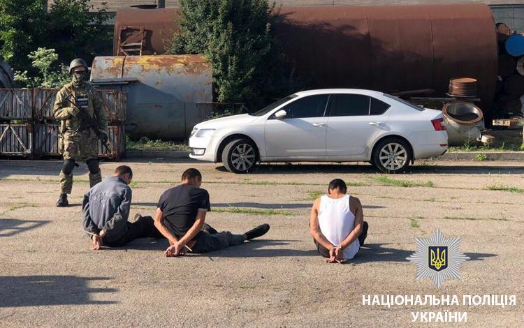 На Одещині звільнили з трудового полону 30 рабів, серед яких жінка на 8 місяці вагітності (ФОТО)
