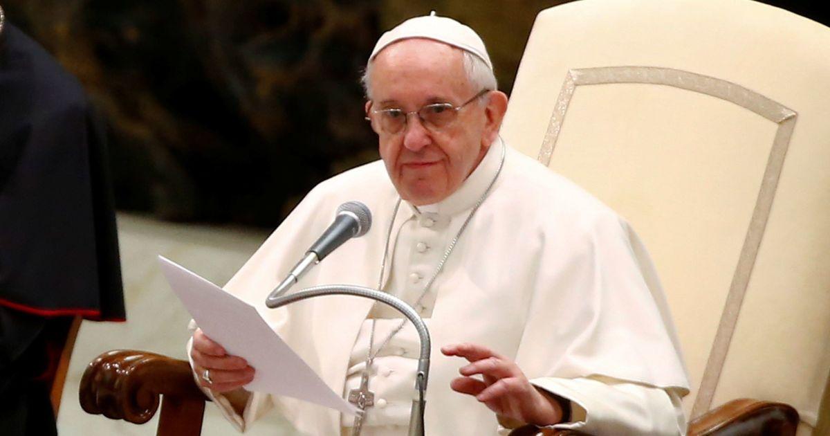Папа Франциск закликає відмовитися від викопного палива