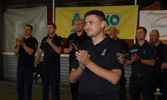 Хто з пожежних Тернопільщини найкраще грає у футбол? (ФОТОРЕПОРТАЖ)