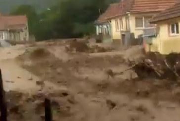 У Карпатах пронісся потужний селевий потік (ВІДЕО)