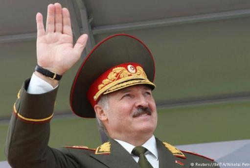 На літні канікули – в армію: Лукашенко налякав білоруських студентів