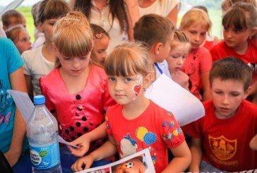 На Зборівщині відбулось неймовірне дитяче свято: невгамовні аніматори, яскраві конкурси та емоції (ФОТО)