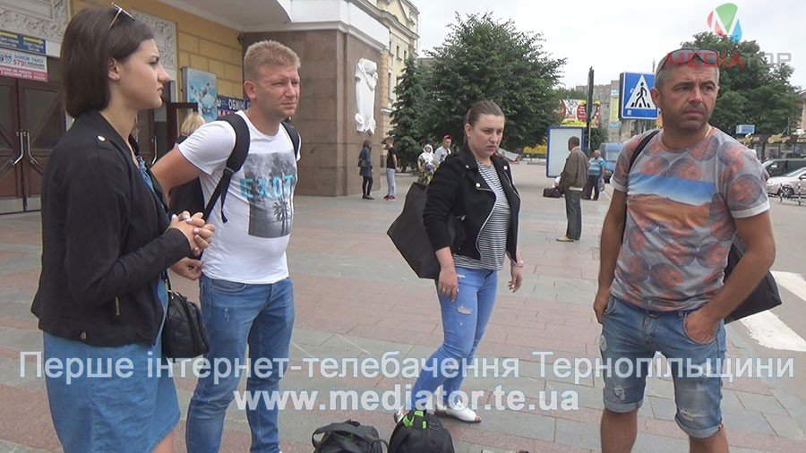 Тернопільські пасажири літака, який вилетів за злітну смугу в київському аеропорту – вдома (ВІДЕО)