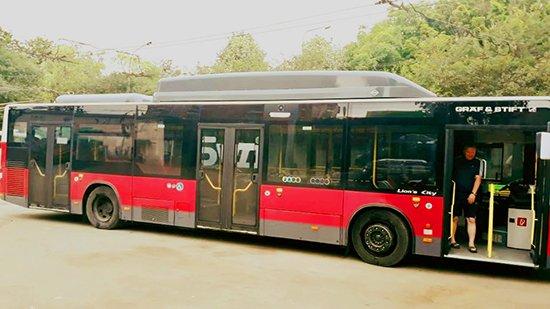 Якими вулицями Тернополя курсуватиме перший муніципальний автобус? (ФОТО)