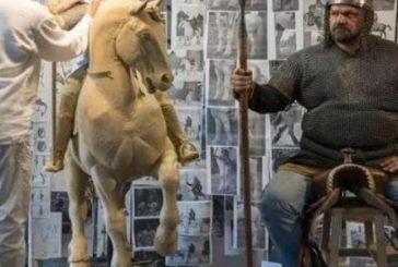 Пам'ятник Іллі Муромцю відливають з бронзи на 3D принтері для образу якого позував Василь Вірастюк (ВІДЕО)
