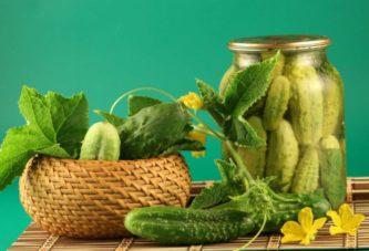 Консервуємо огірочки! 12 перевірених та смачних рецептів, які неодмінно сподобаються вашим рідним