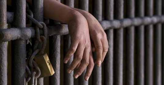 У Тернополі затримали чоловіка, який грабував жінок на Микулинецькому цвинтарі