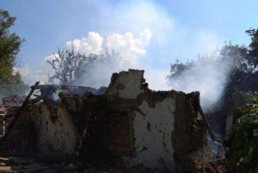 На Полтавщині у будинку вибухнув газовий балон: будівля повністю зруйнована, люди у лікарні
