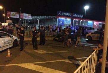 У Рівному внаслідок масових сутичок між дрифтерами, поліцією та місцевими жителями є постраждалі та затримані (ФОТО, ВІДЕО)