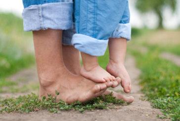 Ходити босоніж корисно