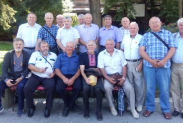 """Відлуння молодості: у Тернополі зустрілися учасники """"будзагонів"""" колишнього педінституту (ФОТО)"""