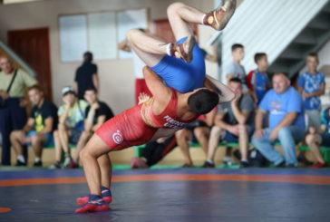 У ТНЕУ розпочався VI Всеукраїнський турнір з греко-римської боротьби серед юніорів (ФОТО)
