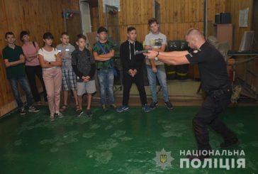 Навчальний рік для тернопільських школярів розпочався з зустрічі з поліцейськими (ФОТО)