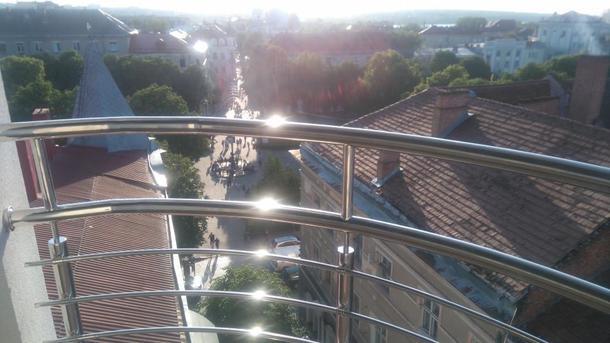 У Тернополі нетверезий відвідувач випав з тераси ресторану «На небі»