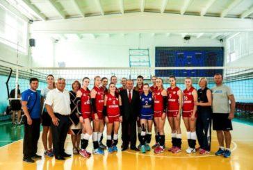 У ТНЕУ провели турнір з волейболу серед жіночих команд, присвячений пам'яті ректора С. І. Юрія (ФОТО)