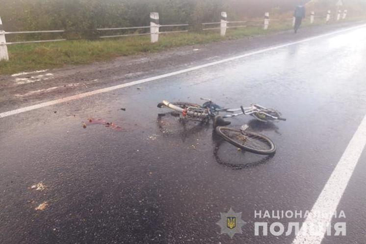 На Збаражчині вантажівка DAF переїхала велосипедиста (ФОТО)