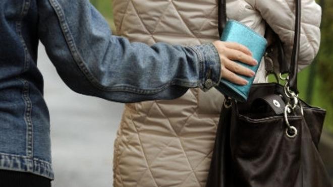 Тернопільські поліцейські радять остерігатися кишенькарів
