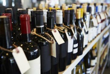 На Тернопільщині вилучено 34 тисячі літрів «лівого» алкоголю, більше 24 тисяч літрів спирту і понад 15 тисяч пачок цигарок