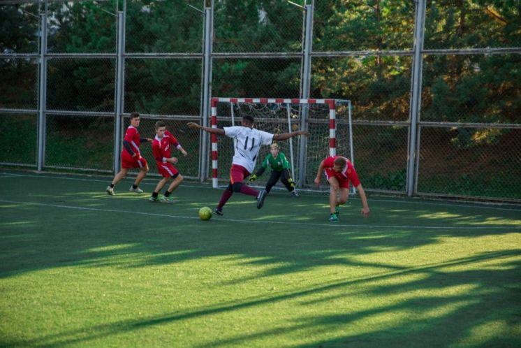 У ТНЕУ відбулися змагання з міні-футболу між командами факультетів (ФОТО)