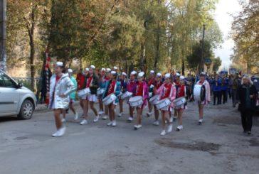 У Бережанах відбувся марш патріотів (ФОТО)