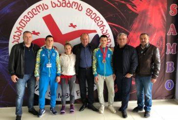 Студенти-самбісти ТНЕУ вибороли в Грузії на Чемпіонаті світу «золото» і «бронзу» (ФОТО)