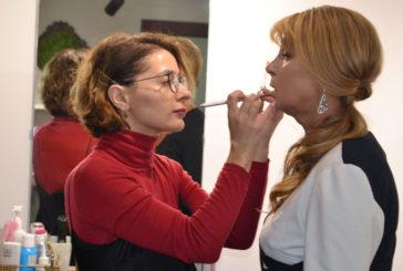 У Тернополі літніх жінок перетворюють у гламурних дів завдяки унікальному проекту (ФОТО)