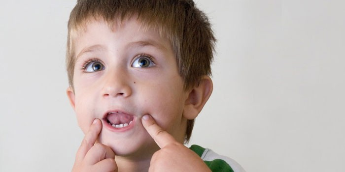 Дитина не говорить повними реченнями. Що робити в такому випадку