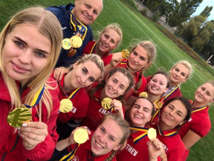 Жіноча збірна команда з регбі-7 «Універ-ТНЕУ» успішно завершила сезон-2018