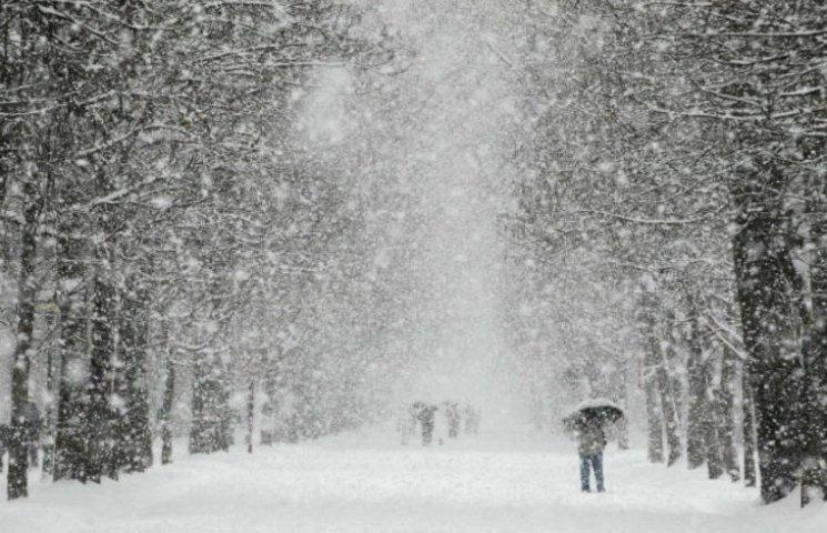 Штормове попередження: 5 січня на Тернопільщині – сніг, хуртовини, вітер, ожеледиця