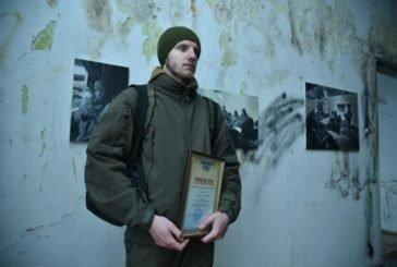 У Ланівцях – виставка до Дня пам'яті захисників Донецького аеропорту (ФОТО)
