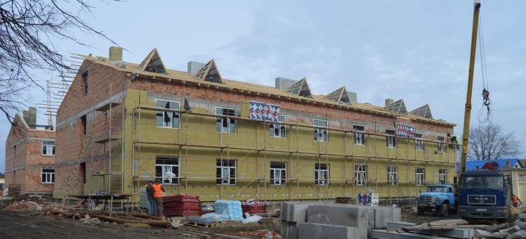 У Чорткові зводять житло для 250 військовослужбовців ЗСУ (ФОТО)