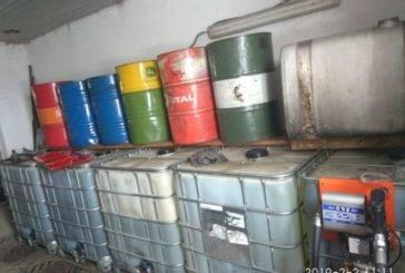 У селі на Підволочищині «накрили» нелегальну АЗС: знайшли 10 тисяч літрів дизпалива (ФОТО)