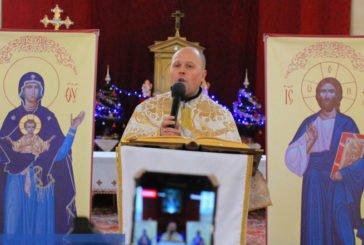 Тернопільський священик уже рік молиться в Інтернеті