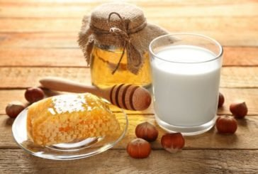 Секрет молока з медом