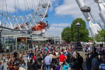 В Європі модно поповнювати бюджет за рахунок туристів