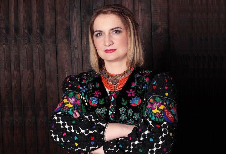 Лариса Овчарук: «Якою б не була криза в житті, раджу займатись собою, своєю діяльністю. Тоді все решта стане на свої місця»