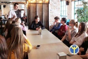 Чеський шеф-кухар Papa Loci у чортківському сity-сafe «Piazza» розповів школярам про свою професію (ФОТО)