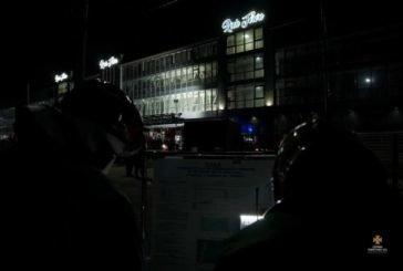 29 рятувальників гасили уявну пожежу в торговому центрі, розташованому на центральному ринку Тернополя (ФОТОРЕПОРТАЖ)