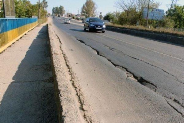 Усі експертні служби виступили за термінове перекриття руху транспорту через Гаївський міст у Тернополі