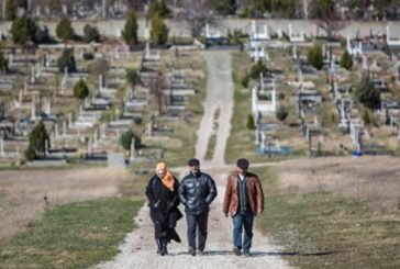 Кримчанам окупанти заборонили ходити на кладовища
