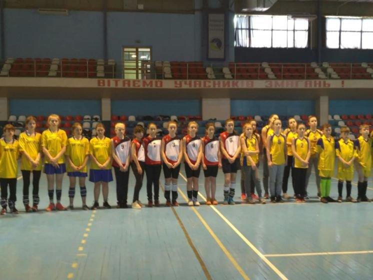 Волейбольна команда Тернопільського «Інваспорту» вийшла до фіналу Спартакіади «Повір у себе» серед дівчат (ФОТО)
