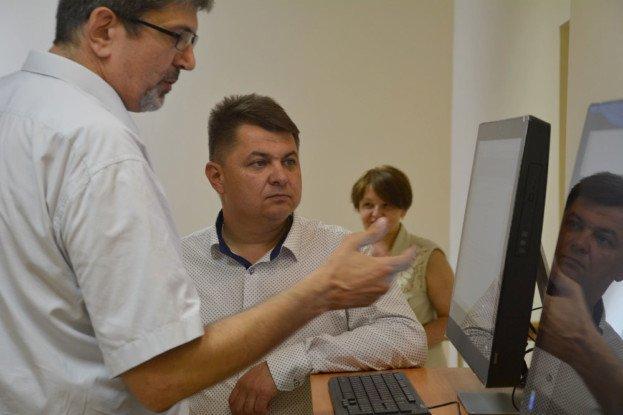 Голова Тернопільської облради Віктор Овчарук: «Маємо підтримувати прогресивні заклади культури»