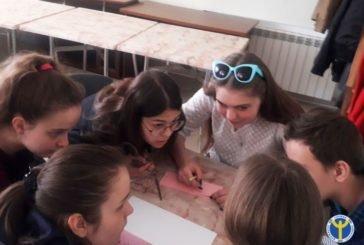 У Тернополі, в клубі «Час Z», старшокласники змагались в інтелектуальній грі «Світ професій» (ФОТО)