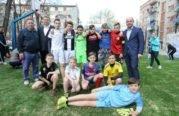 На проспекті Злуки відкрили універсальний спортивний майданчик (ФОТО)