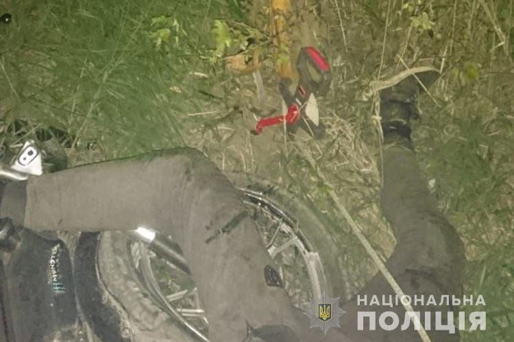 На Тернопільщині в двох ДТП за участю мотоциклістів є загиблий та травмовані