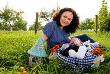 Тернопільська майстриня Любов Філик створює неймовірні речі з паперової лози (ФОТО)