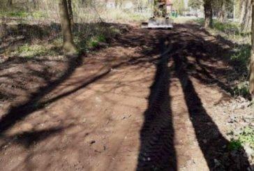 На вул. Чумацькій у Тернополі розпочали прокладати вело- та пішохідну доріжки (ФОТО)